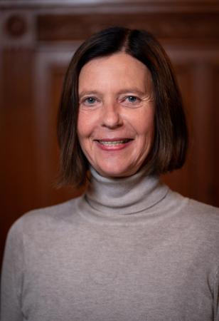Hon.-Prof. Dr. Elisabeth Lovrek